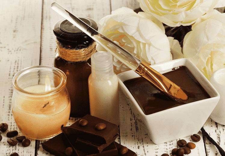 נרות, פרחים וחמאת עיסוי